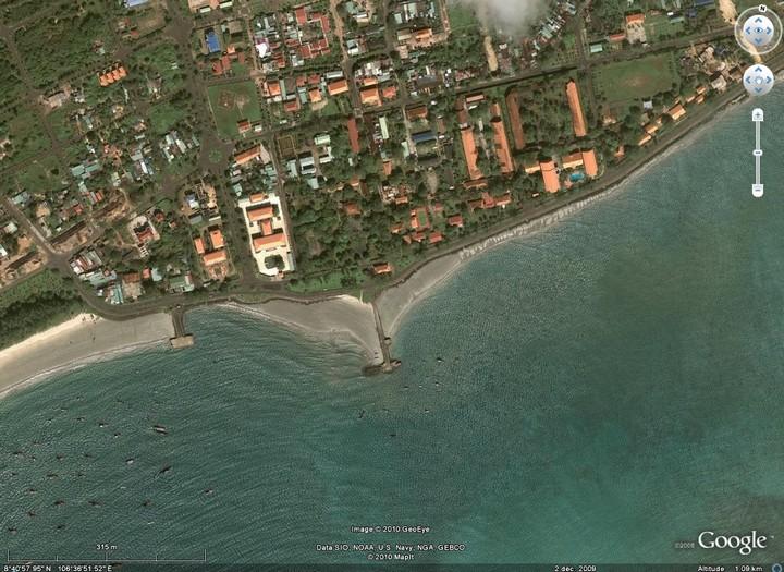 Village principal de l'île de Côn Son
